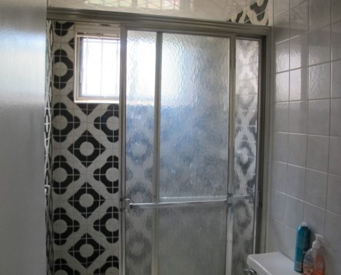 129 Mulberry shower off the family room