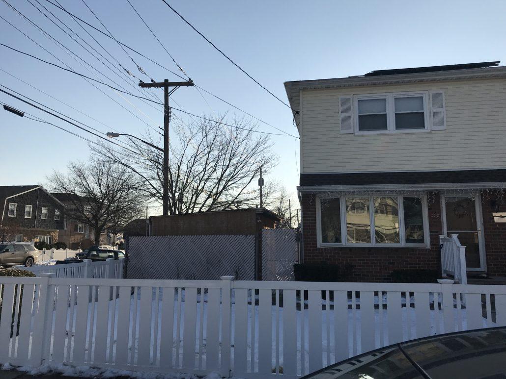370 Dongan Hills Ave Staten Island NY 10305