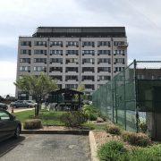 10 Bay Street landing exterior