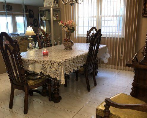 566 Travis dining room 2
