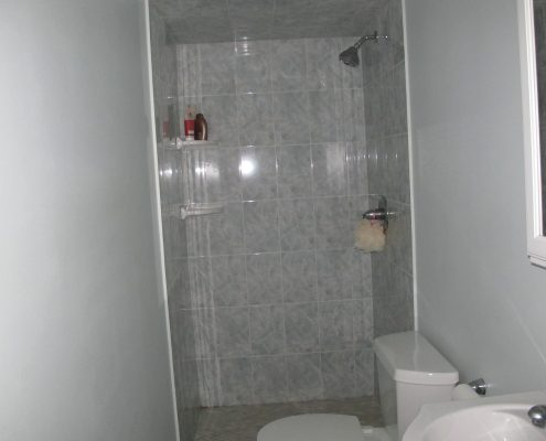 129 Mulberry master bedroom bathroom shower