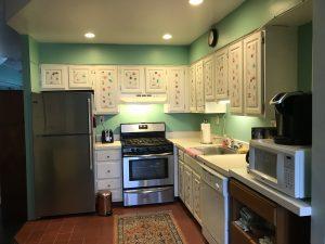 10 Bay kitchen nice