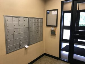 10 Bay st mailboxes