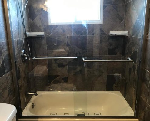 67 Ladd top fl beautiful bath