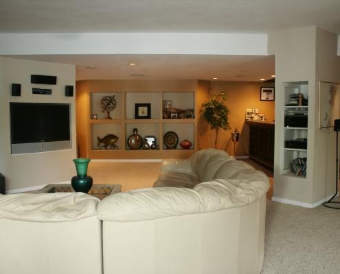 66 Wieland family room