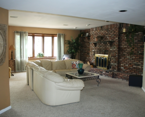 66 Wieland family room level 1